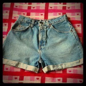 24 HR SALE❗️Vintage❗️ Levi's 954 Style Shorts